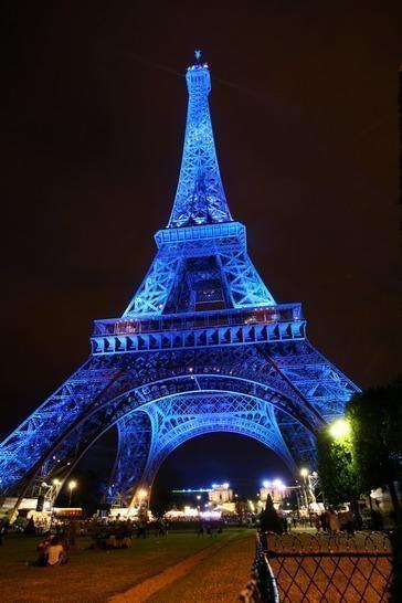 Visit paris the eiffel tower