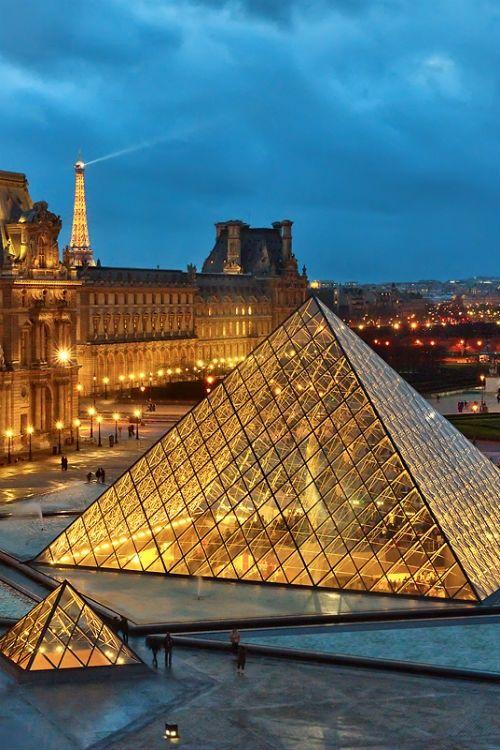visit paris Louvre Museum