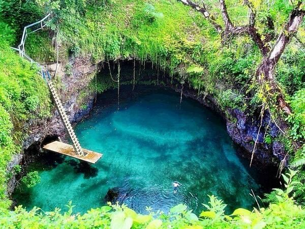 tourist attractions of Mexico: Cenote Mayan riviera