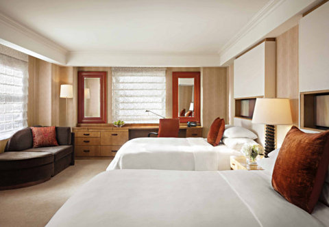 JW-Marriott-Essex-House-New-York