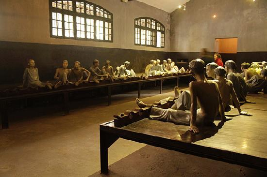 ATMOSPHERE IN THE HOA LO PRISON
